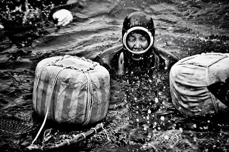 1605 Корейские подводные бабушки