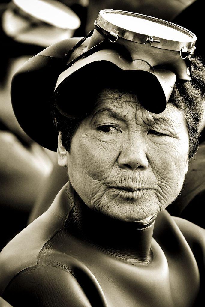 9132 Корейские подводные бабушки