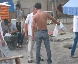 Драка на киргизском базаре