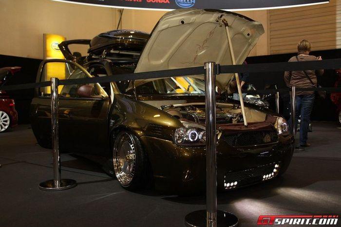 Подборка тюнинговых машин с автошоу Essen Motor Show 2011 (40 фото)