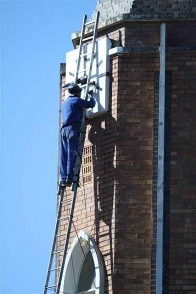 Сумасшедшие работники из Южной Африки (4 фото)