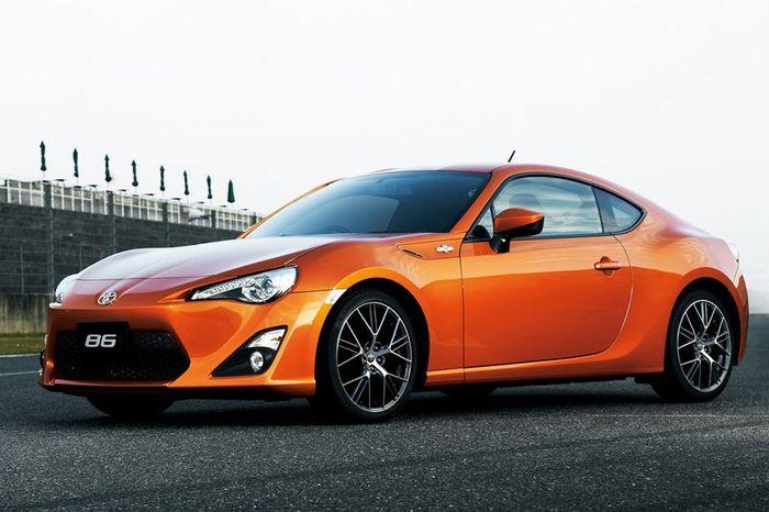 Toyota официально представила модель GT 86 (47 фото+видео)