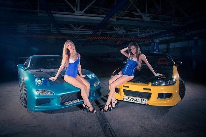 Русские красавицы и японские авто (15 фото)