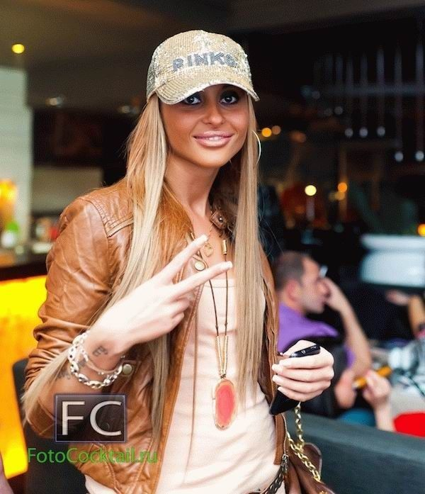 Золотая молодежь в клубах (39 фото)