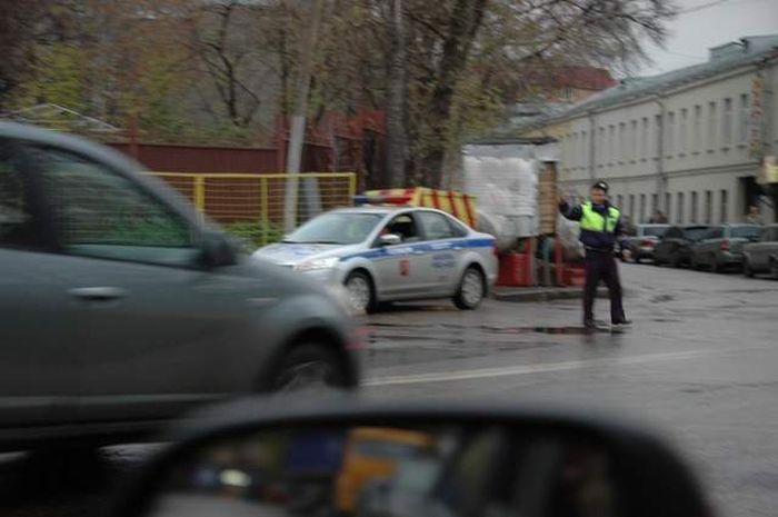 Будьте осторожны! ГИБДД зверствует на Бауманской (8 фото+видео)