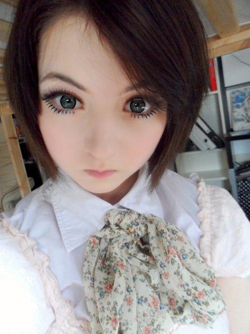 Еще одна живая кукла (15 фото + 1 гифка)