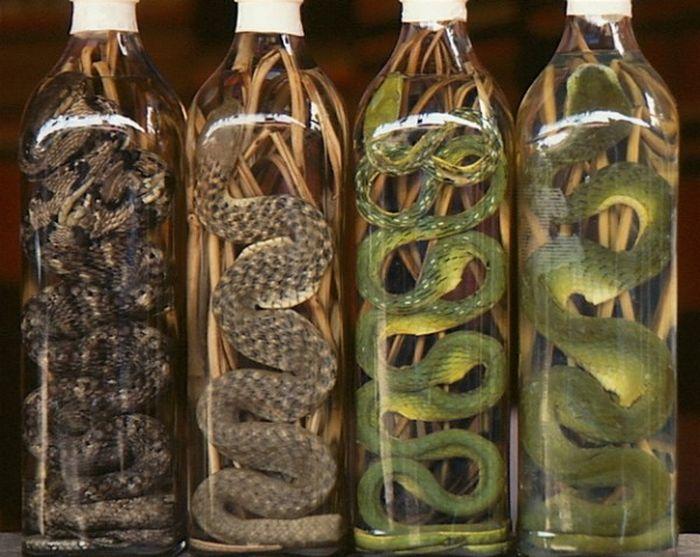 Необычные алкогольные напитки (10 фото)