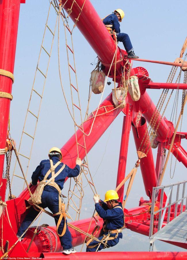 Высоковольтные вышки в Китае