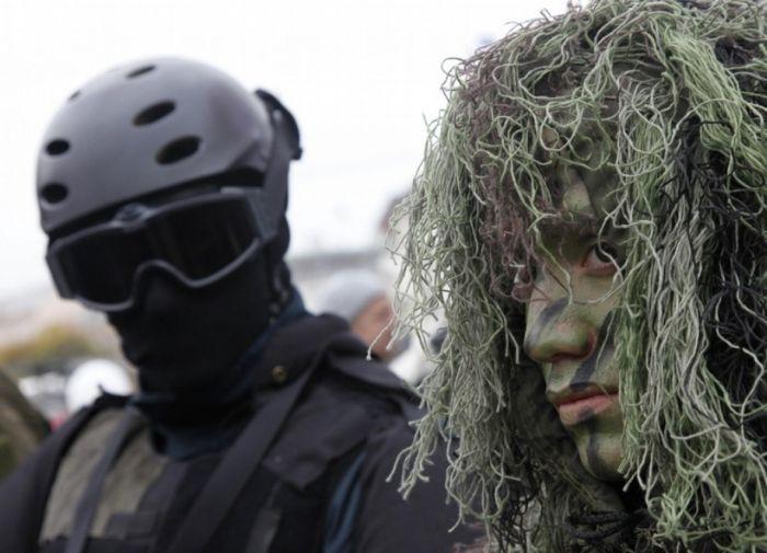 Как камуфляж скрывет солдат и технику от врага (83 фото)