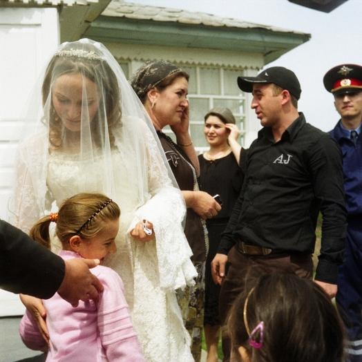 Жених отдал пьяную невесту