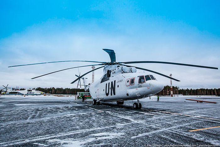 Самый большой вертолет в мире (28 фото)