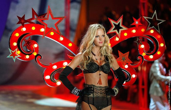 Victoria Secret Fashion Show 2012 (26 фото)