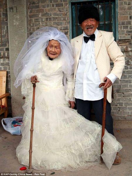Свадебные фотографии спустя 88 лет (4 фото)
