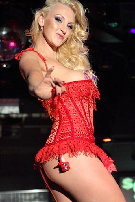 Miss Mundo desnuda 2013 14