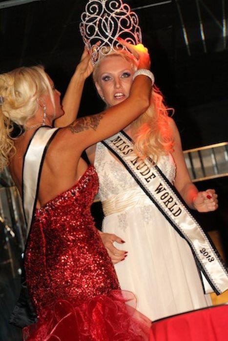 Miss Mundo desnuda 2013 65