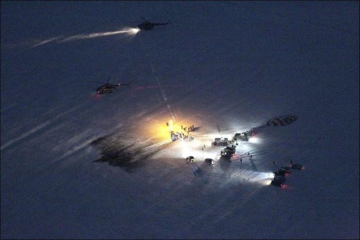 Экипаж корабля Союз ТМА-05М благополучно приземлился в Казахстане (8 фото)