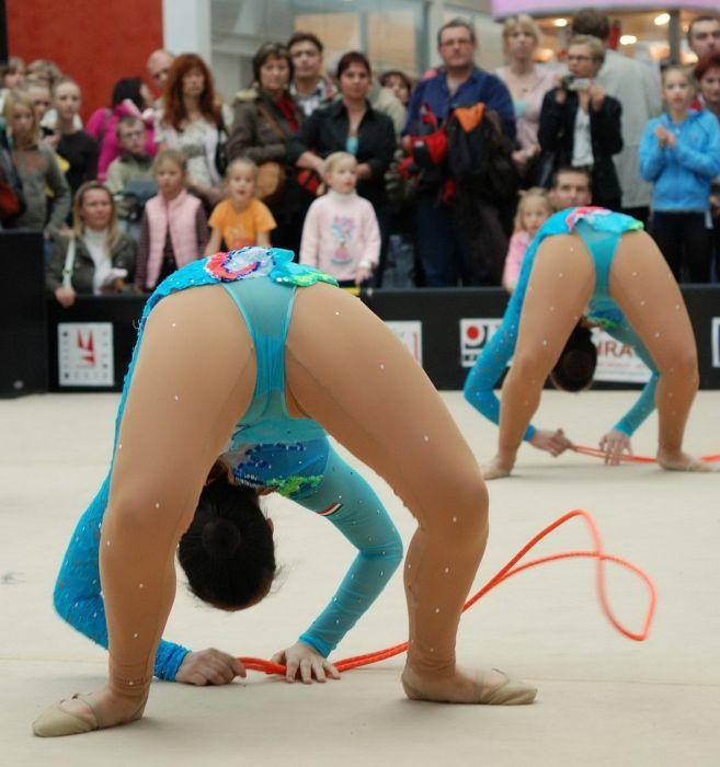 повязали женины засветы трусов спортсменок фото русских женщинах