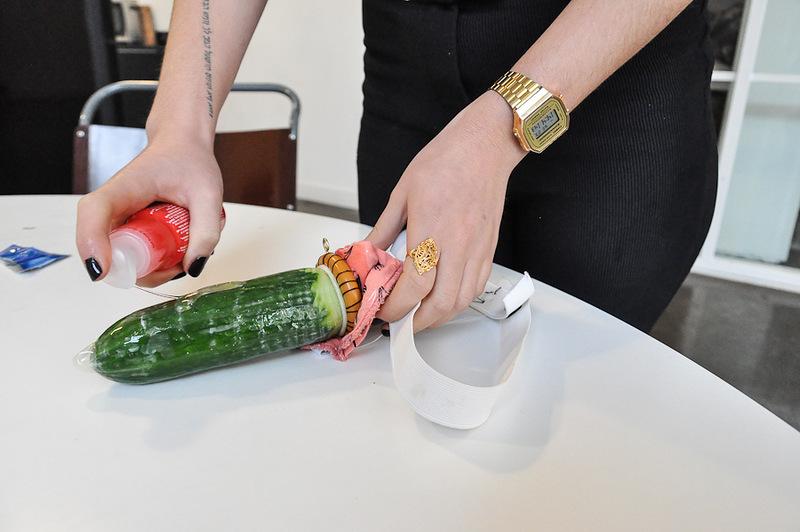 как сделать смазку для секс игрушки