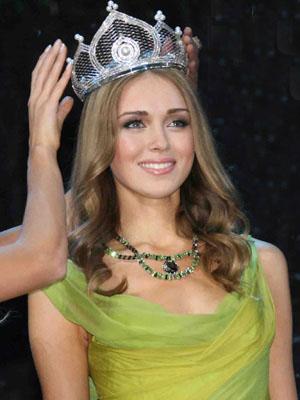 Мисс Мира 2008: Ксения Сухинова (10 фото)