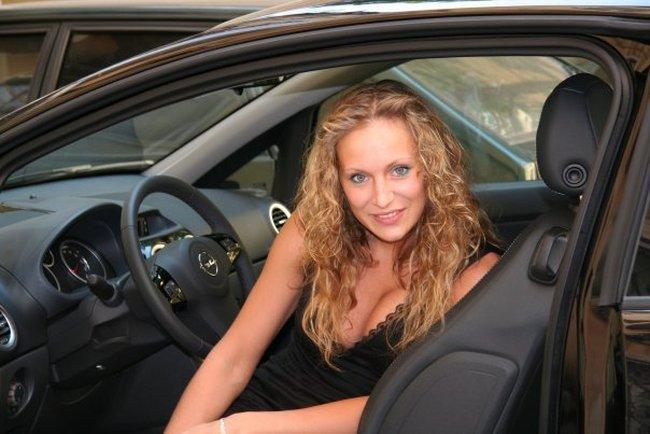 Девушка водитель предложила за пдд секс смотреть онла
