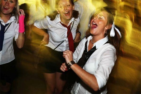 Дунд сургуулийн охид (100 фото)