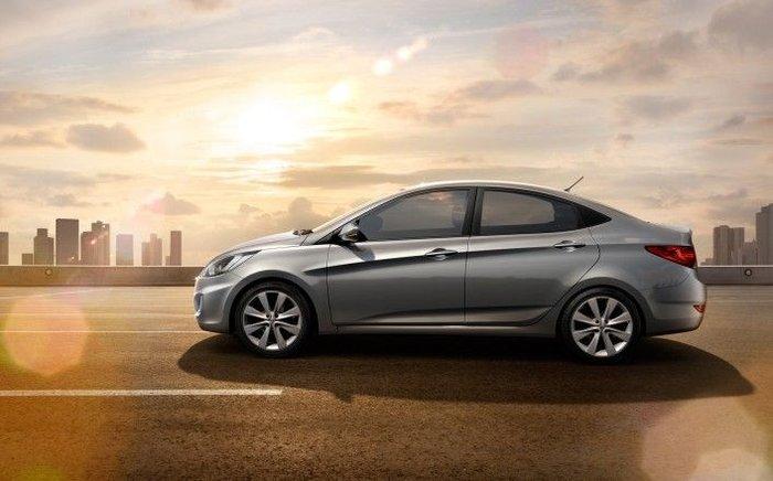 Cедан Hyundai Solaris стоимостью в 379 тысяч рублей (17 фото)