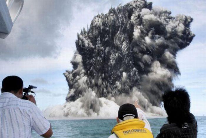 Подводный вулкан - Тонга (март 2009)