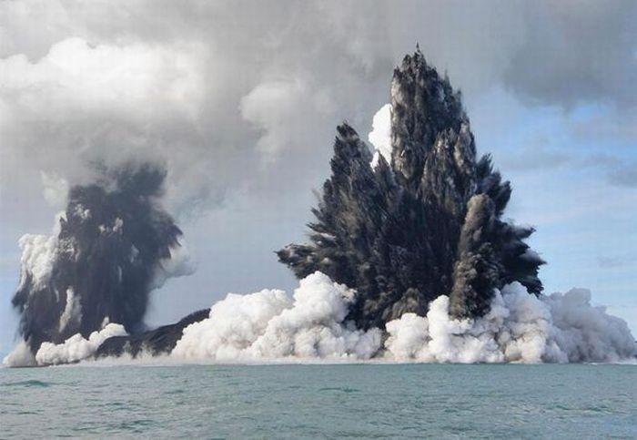 Подводный вулкан - побережья Тонга (март 2009)