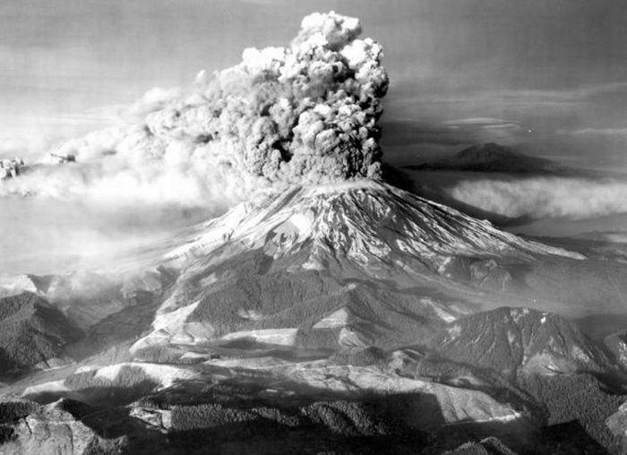 Вулкан Сент-Хеленс - Вашингтон, США (май 1980)