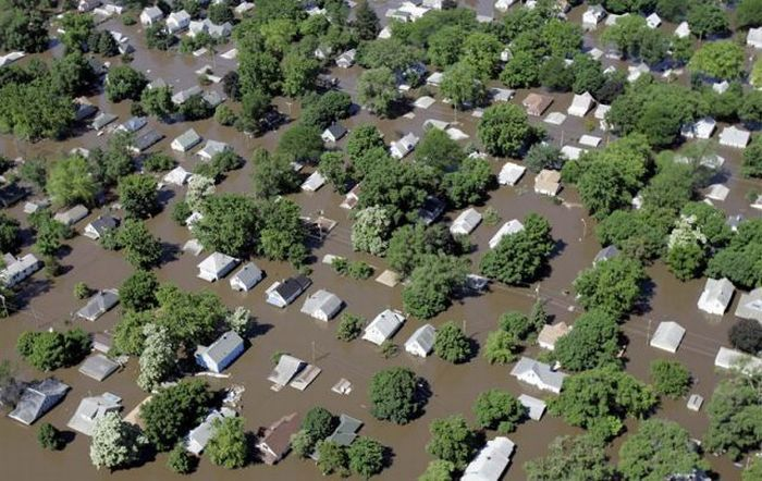 Наводнение - Айова, США (июнь 2008)