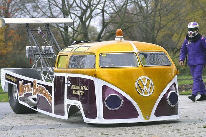 1700-сильный драгстер VW Bus! (5 фото)
