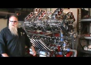 Гигантский дизельный мотор V24 (3000 л/с)