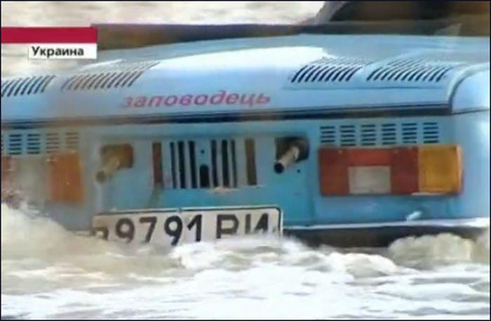 """""""Заповодецъ"""" - самодельный Запорожецъ-амфибия (видео)"""
