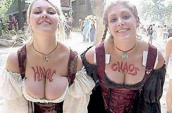 Девушки с пышной грудью (40 фото)