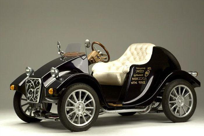 Miluira - электромобиль в ретро стиле (8 фото)