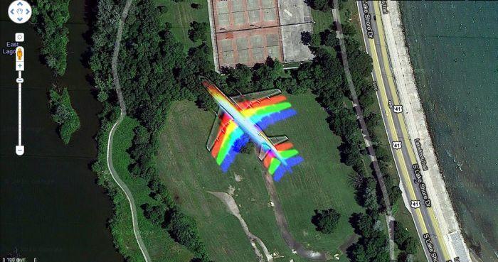 Самолет-радуга на карте Google (6 фото)