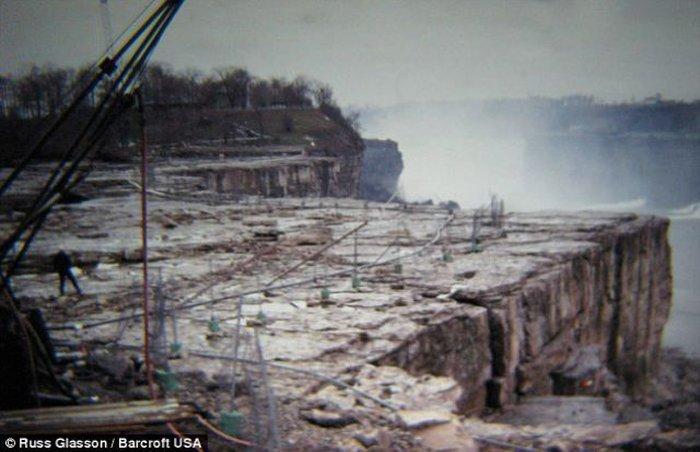 Чистка ниагарского водопада (8 фото)