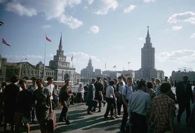 Комсомольская площадь, 1966