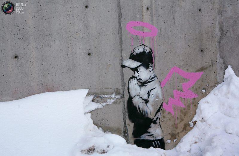 Граффити от Banksy на стене во время кинофестиваля «Sundance» в Парк-Сити, штат Юта, 22 января 2010 года.