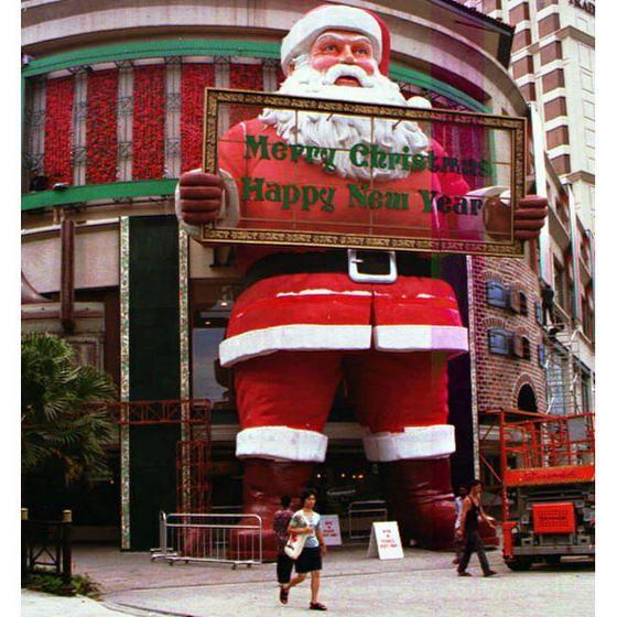 Самый большой Санта-Клаус в мире