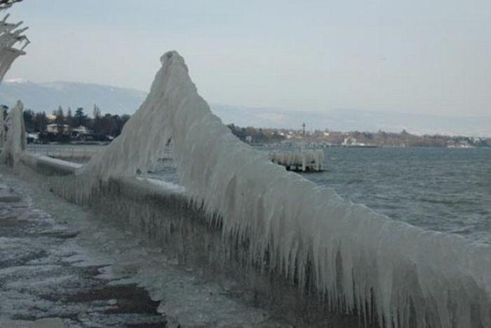 Зимний шторм и его последствия (25 фото)