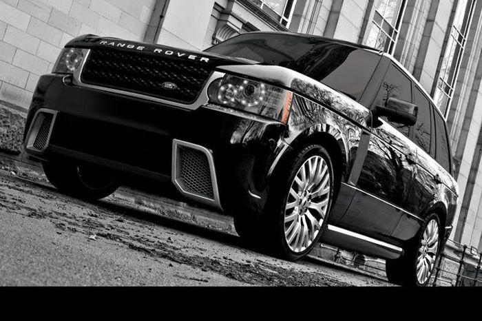 В ателье Project Kahn подготовили тюнинг-кит RS500 для Range Rover (10 фото)
