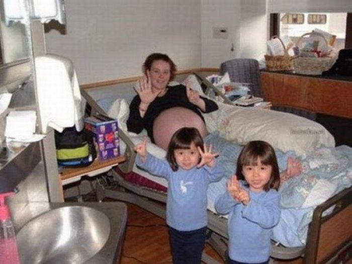 Они просто хотели третьего ребенка (8 фото)