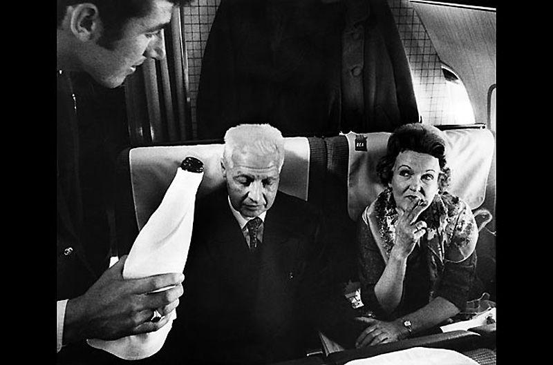7.Моррис и Лона Коэн<br>Муж и жена родились в США, и стали советскими шпионами в конце 30-х годов. Центр приказал им заморозить свою деятельность, после того как возникла угроза провала. Через несколько лет они открыли в Лондоне букинистический магазин под псевдонимами Хелен и Питер Крогер. Супруги были арестованы в 1961 г. за связи с группой Портландский Шпионский Круг (Portland Spy Ring), а в 1969 году. освобождены в обмен на Геральда Брука – гражданина Британии, задержанного в Советском Союзе. По прибытию в СССР супруги были удостоены звания Героев Советского Союза, и участвовали в подготовке новых разведчиков.
