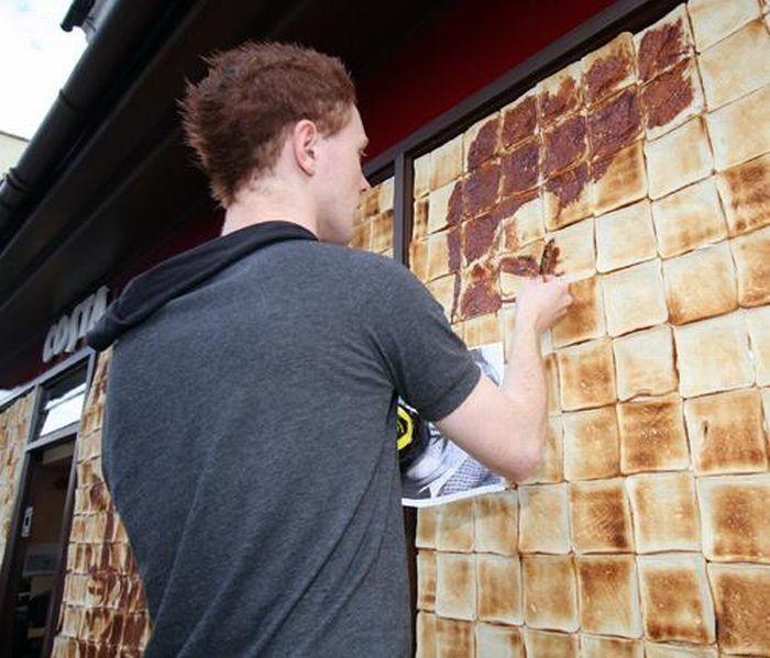 Рисунки тостами (7 фото)