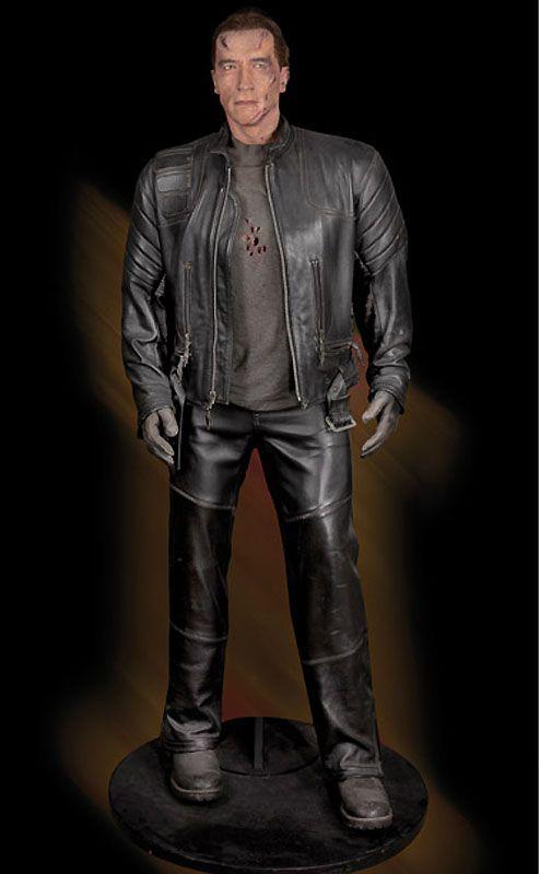 7. Терминатор Т-850 - полноразмерная кукла для трюков, снимавшаяся в фильме «Терминатор 3: восстание машин». (Примерная цена 20-30 тыс. долл).
