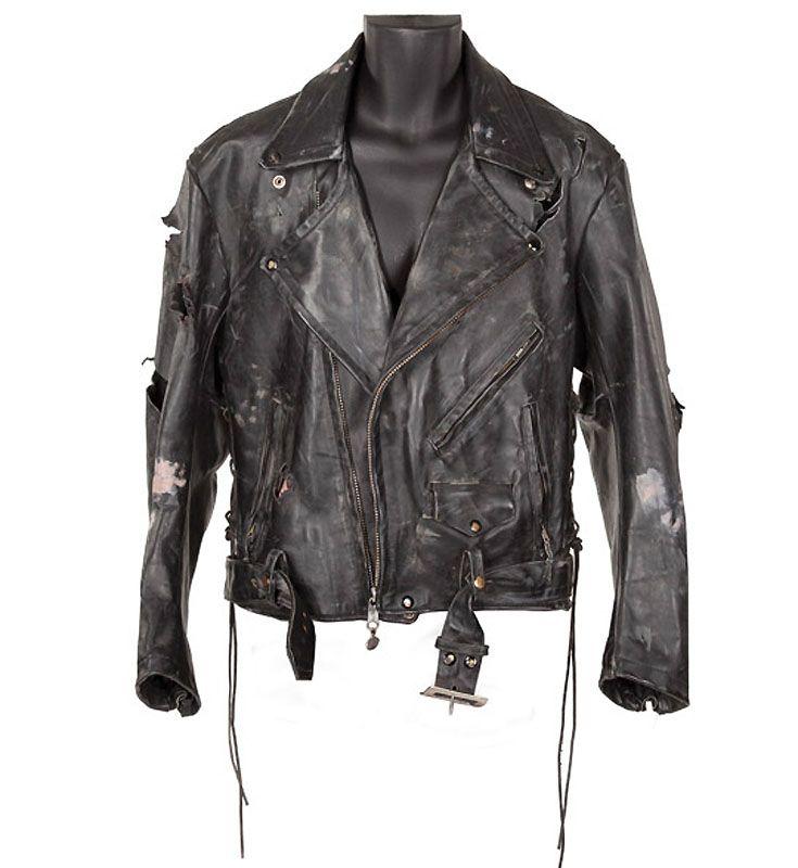 9. Кожаная куртка Терминатора. Примерная стоимость комплекта из куртки и перчатки 20-30 тыс долл.