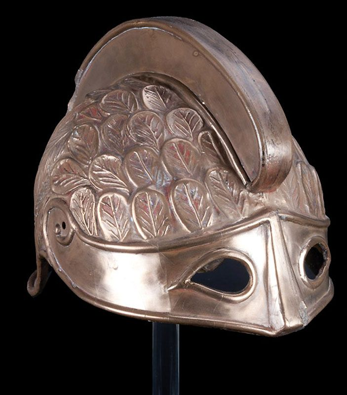 16. Волшебный шлем из фильма «Битва Титанов».