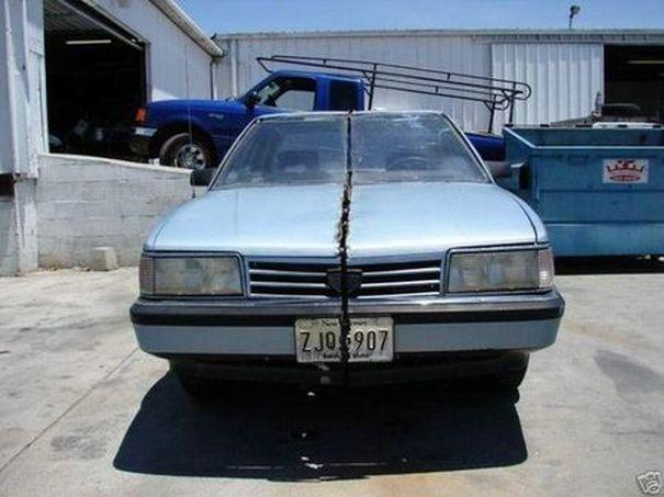 Распиленный надвое автомобиль (15 фото)