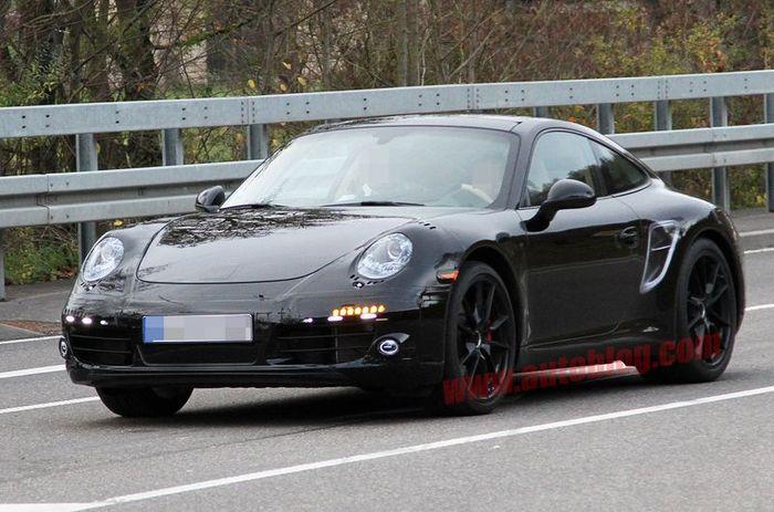 шпионские фото нового Porsche 911 (9 фото)